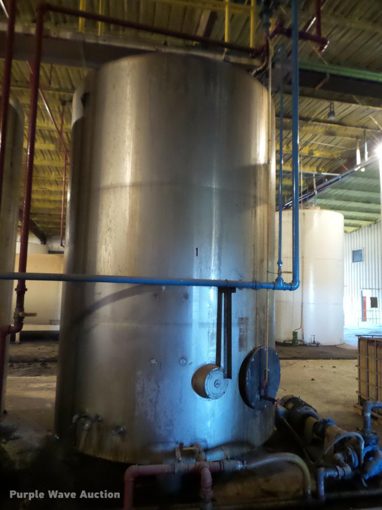 Mueller stainless steel tank