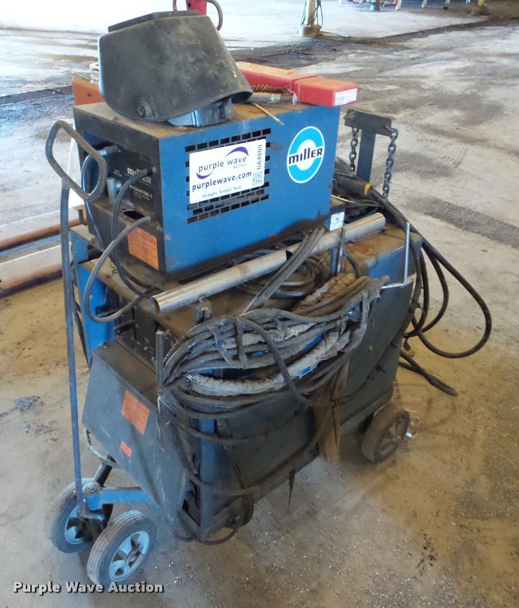 Miller Dialarc HF AC/DC arc welder
