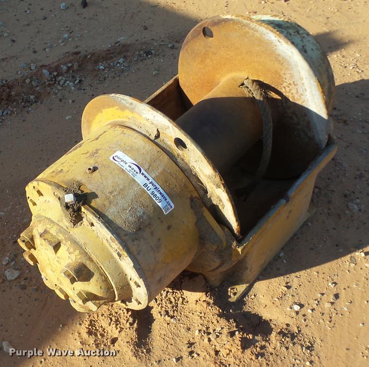 Gearmatic 11-S-EC hydraulic winch