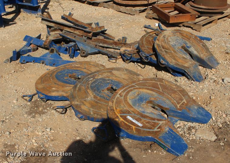 (6) Holland fixed fifth wheel plates