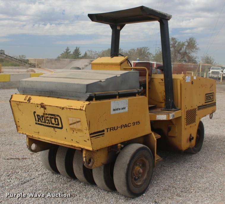 1995 Rosco TRU-PAC 915 pneumatic roller