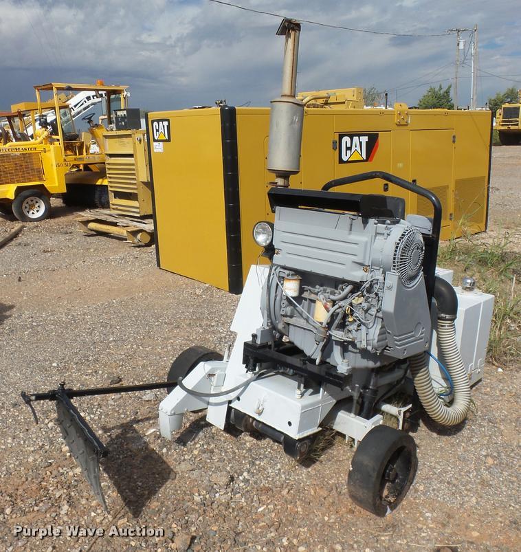 2011 Magnum X 75D 14UC concrete saw