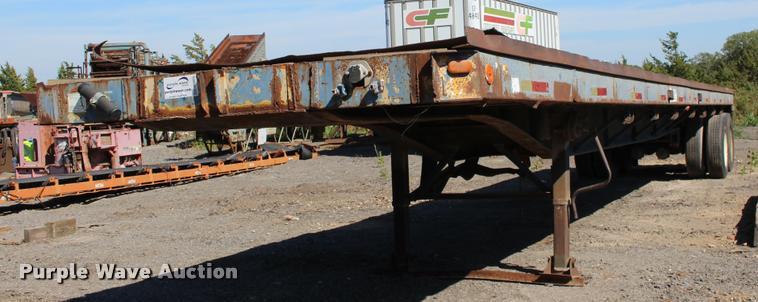 1980 Great Dane M23774 flatbed trailer