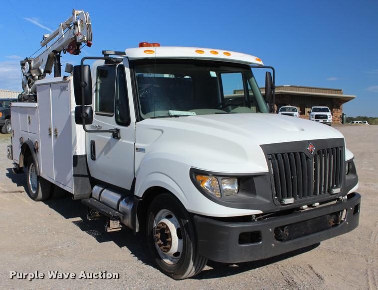 2013 International TerraStar service truck with crane