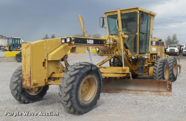 2002 Caterpillar 140H VHP motor grader