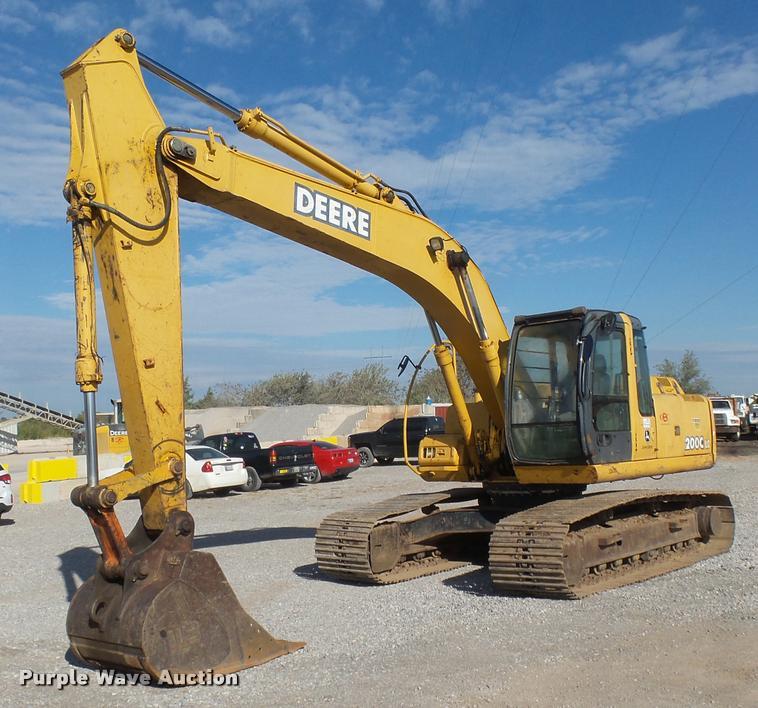 2005 John Deere 200C LC excavator