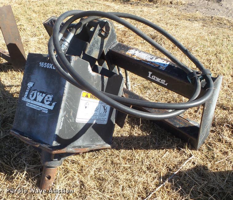 Lowe 1650XL skid steer auger