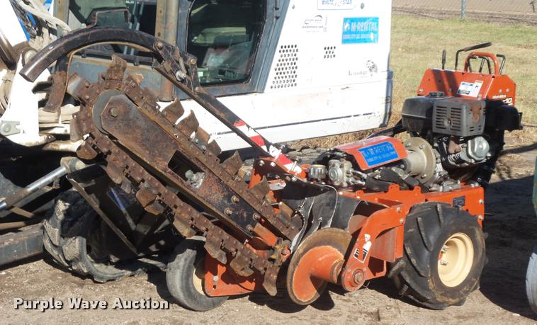 2009 Ditch Witch RT10 trencher