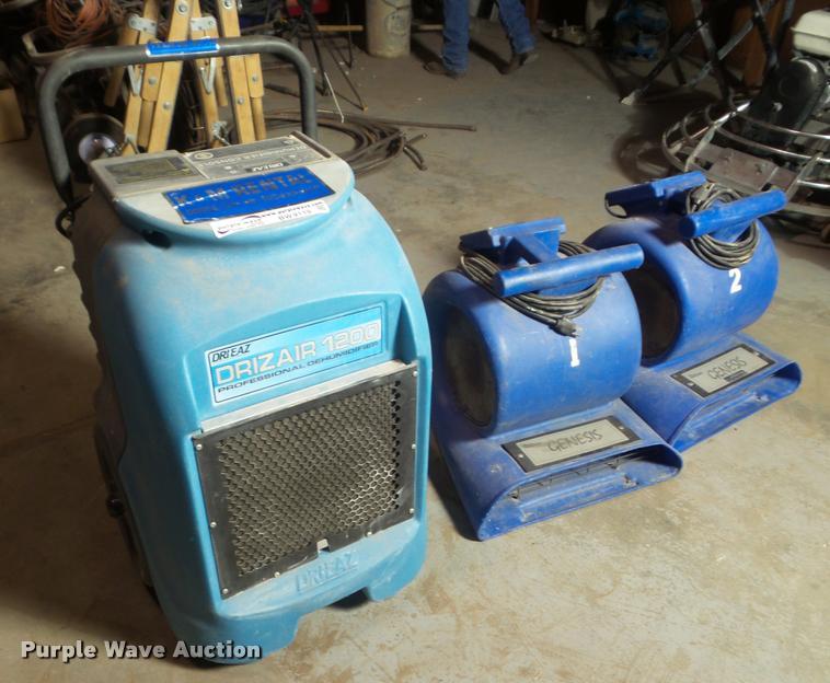 Carpet driers and dehumidifier