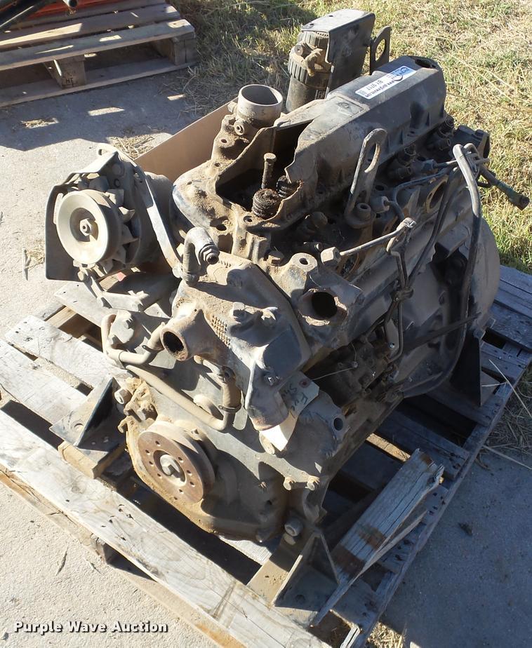 John Deere 4039DF four cylinder diesel engine