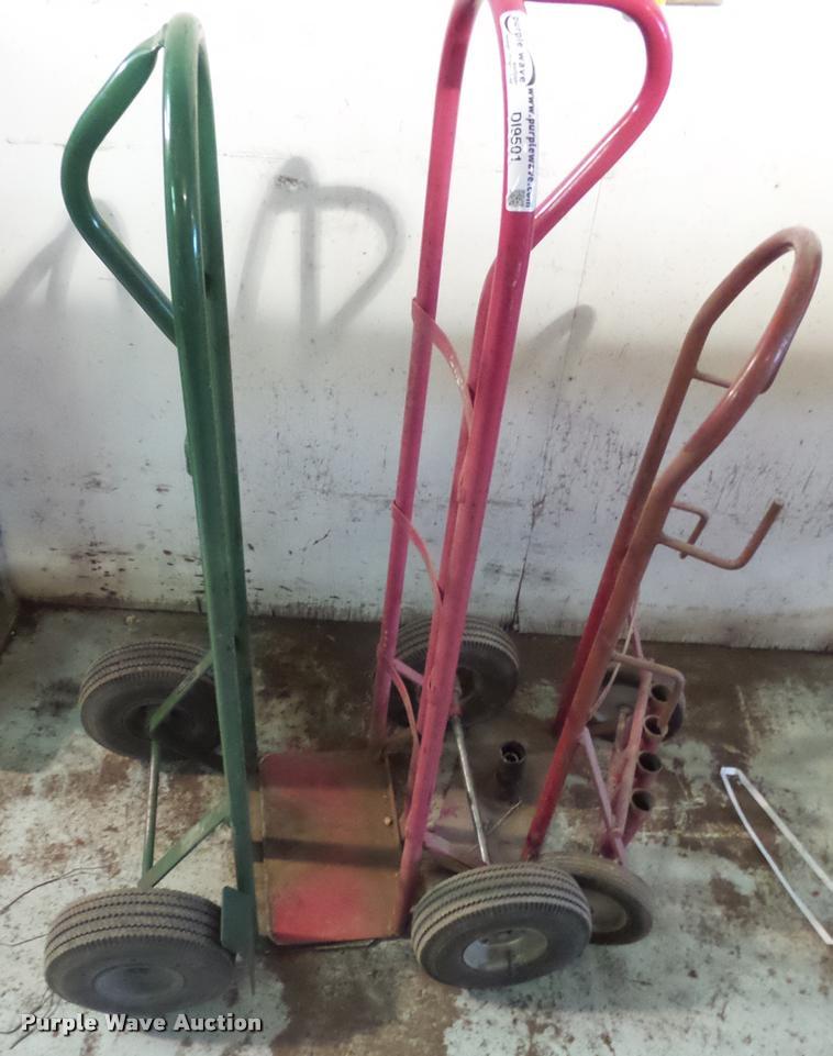 Two wheel dollies