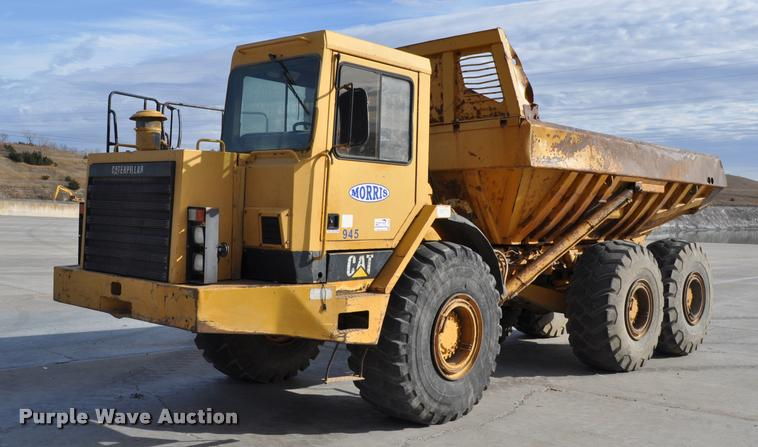 1993 Caterpillar D350D haul truck