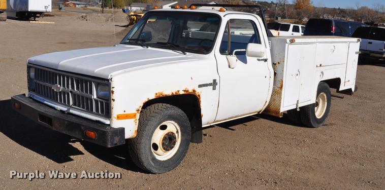 1981 Chevrolet C30 Utility pickup truck
