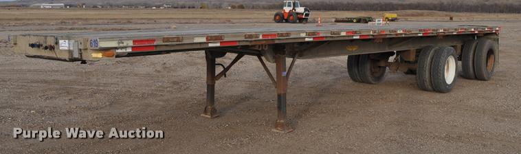 1977 Raven 54028 flatbed trailer