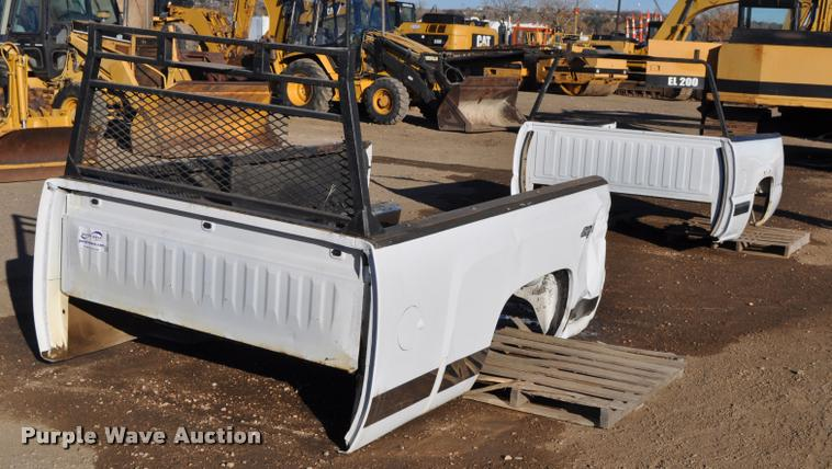 (2) Chevrolet pickup truck beds
