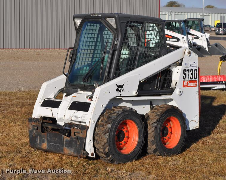 2011 Bobcat S130 skid steer