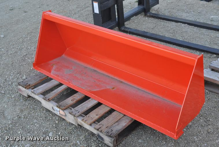 Kubota L2246 loader bucket