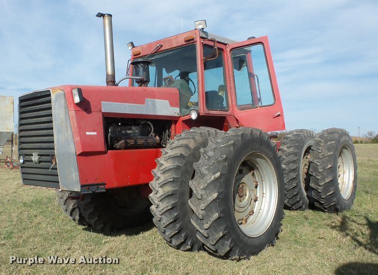 Massey-Ferguson 4900 4WD tractor
