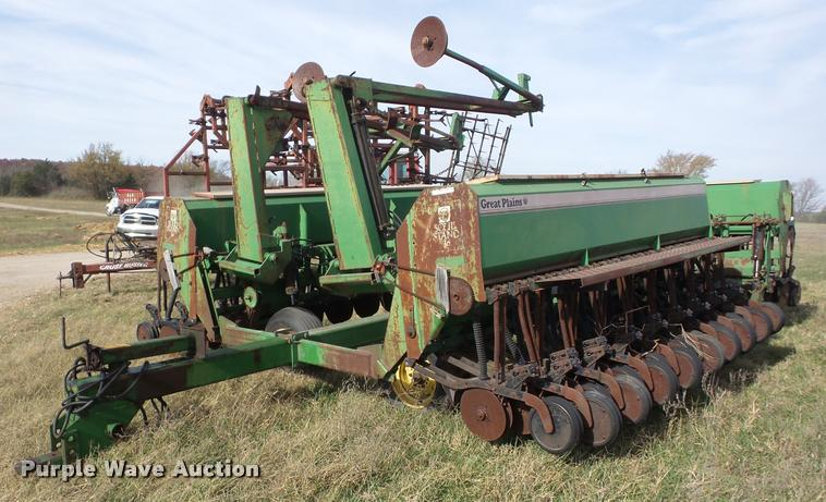 Great Plains Solid Stand 36 grain drill