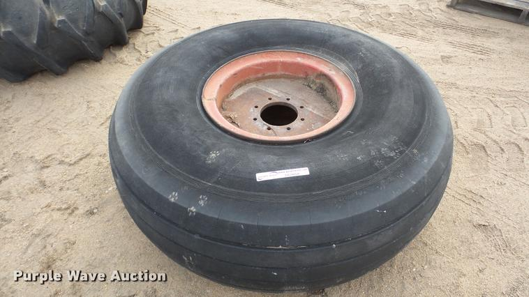 20.00-20 tire and wheel