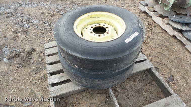 (2) 235/75D15 tires and wheels