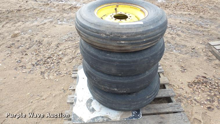 (4) 7.60-15 tires and wheels