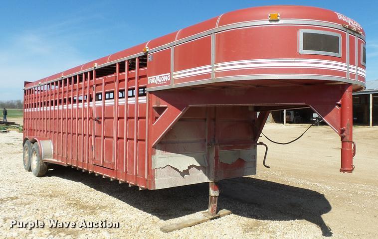 1989 Travalong livestock trailer