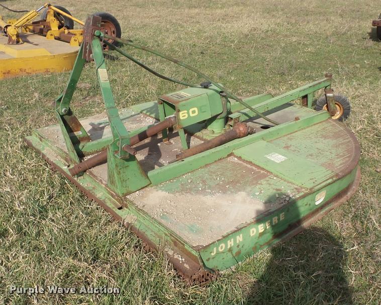 John Deere 606 rotary mower