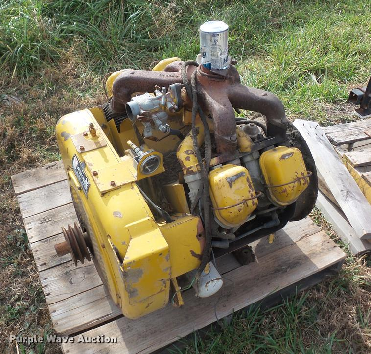 Wisconsin four cylinder gas engine