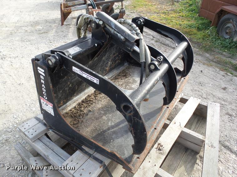 2009 Bradco 107150 grapple bucket