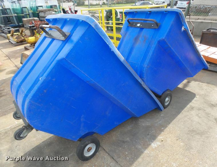 (2) Bayhead poly trash carts