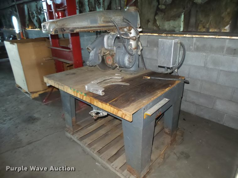 DeWalt GE65 radial arm saw