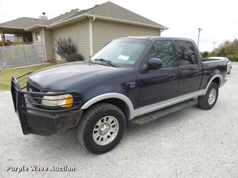 2001 Ford F150 SuperCrew pickup truck