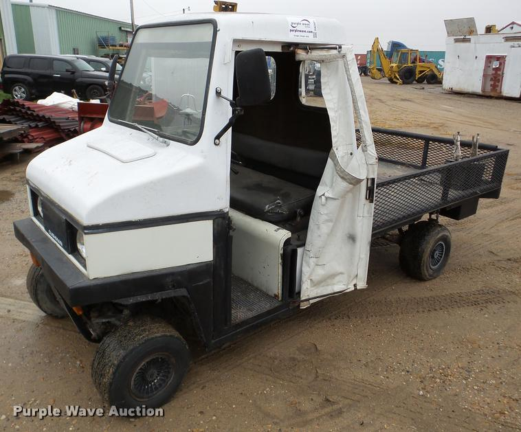 1989 Cushman utility vehicle