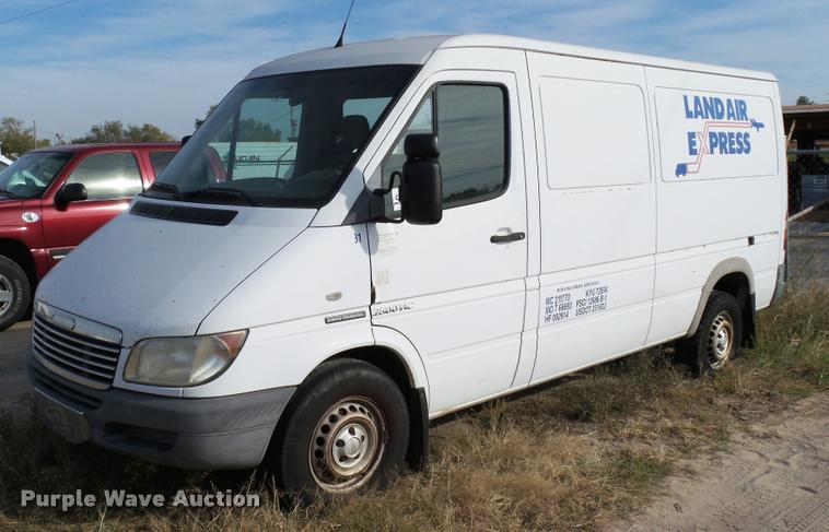 2004 Dodge Sprinter 2500HC van