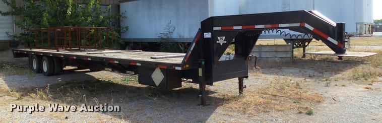 1998 PJ equipment trailer
