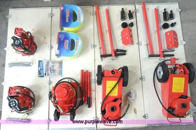 25 piece hydraulic jack set