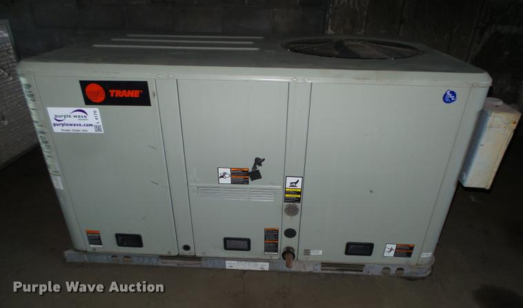 2002 Trane AC and heat unit