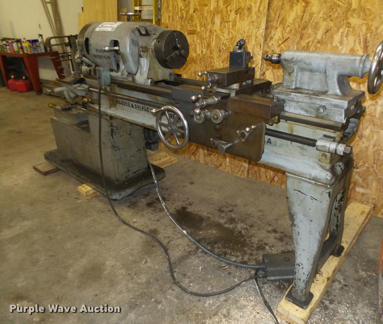 Lodge & Shipley metal lathe