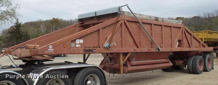 1988 Ranco bottom dump trailer