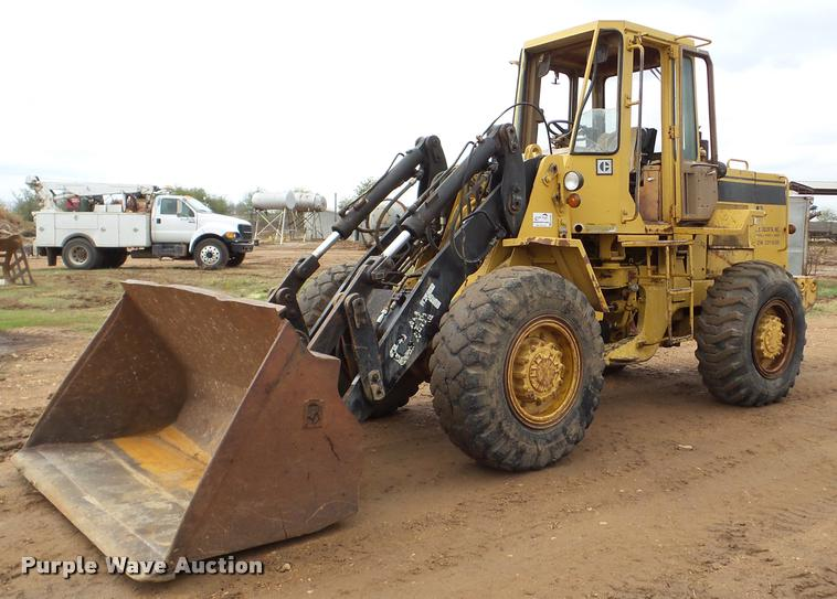 1988 Caterpillar IT28B wheel loader