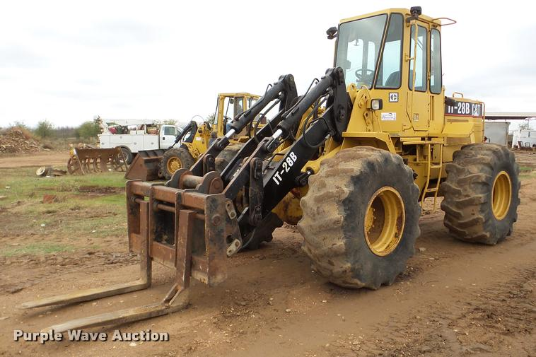 1987 Caterpillar IT28B wheel loader