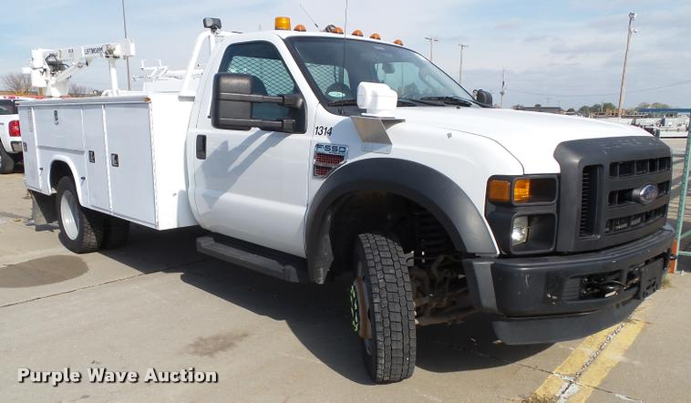 2008 Ford F550 Super Duty service truck with crane
