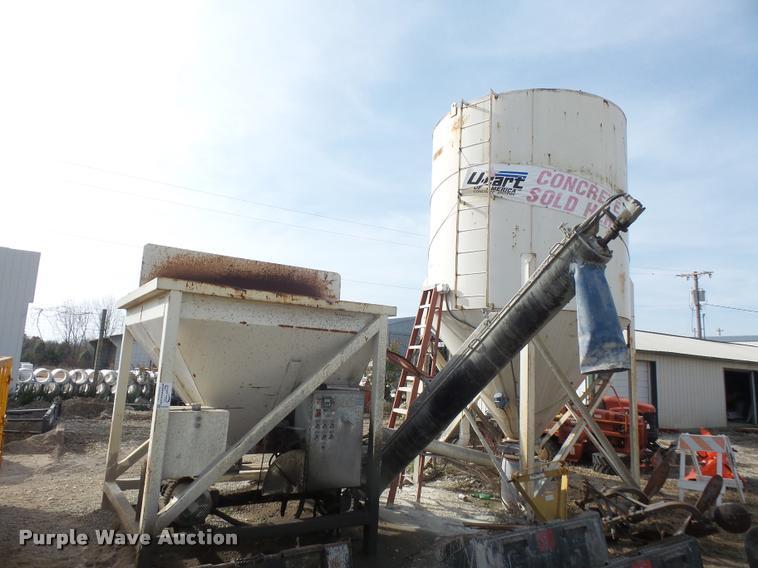 Trailer Haul CS-200 concrete batch plant
