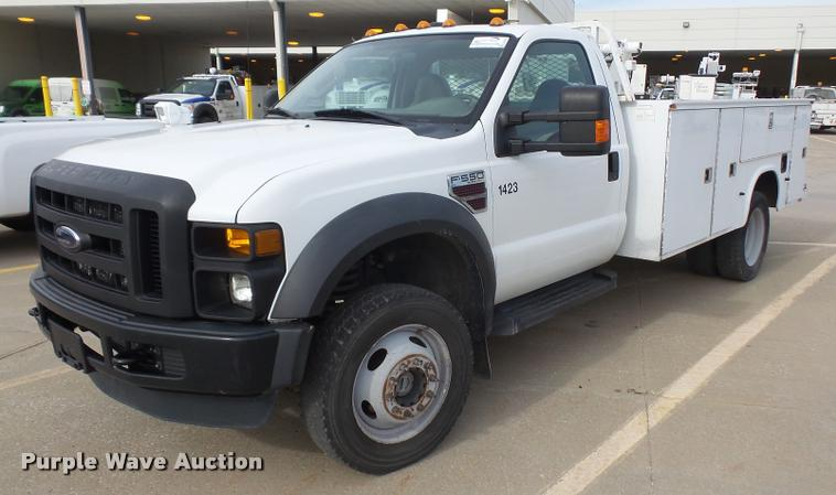 2008 Ford F550 service truck with crane
