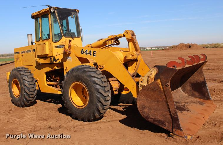1988 John Deere 644E wheel loader