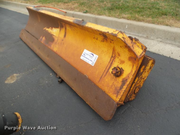 Henke snow plow wing blade