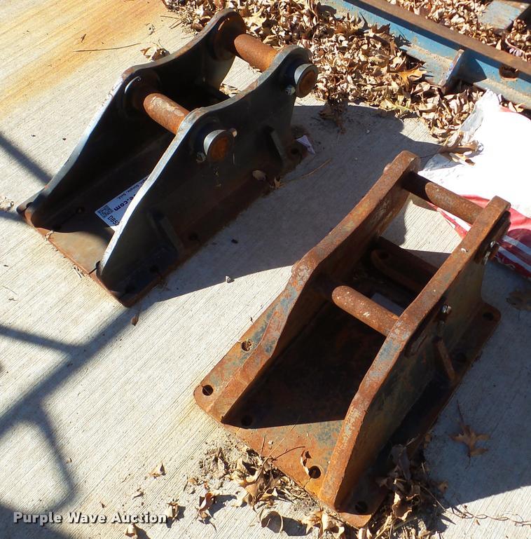 (2) hammer heads