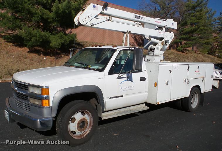 1998 Chevrolet 3500 bucket truck