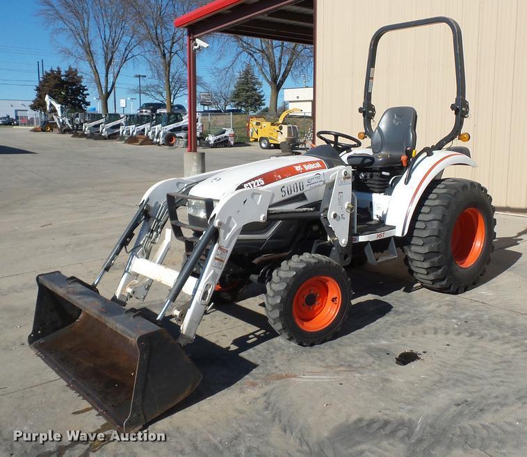 Bobcat CT225 tractor